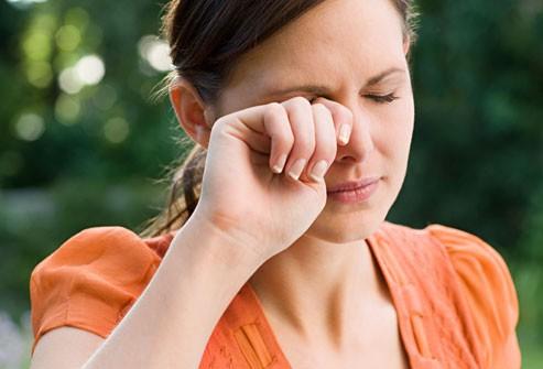 болят глаза при дальнозоркости