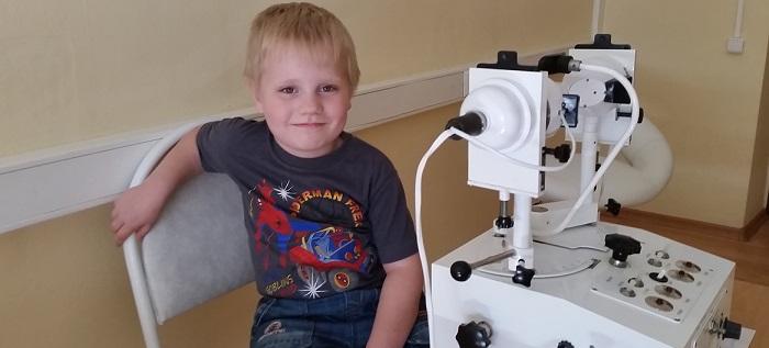 показания для лечения глаз аппаратом
